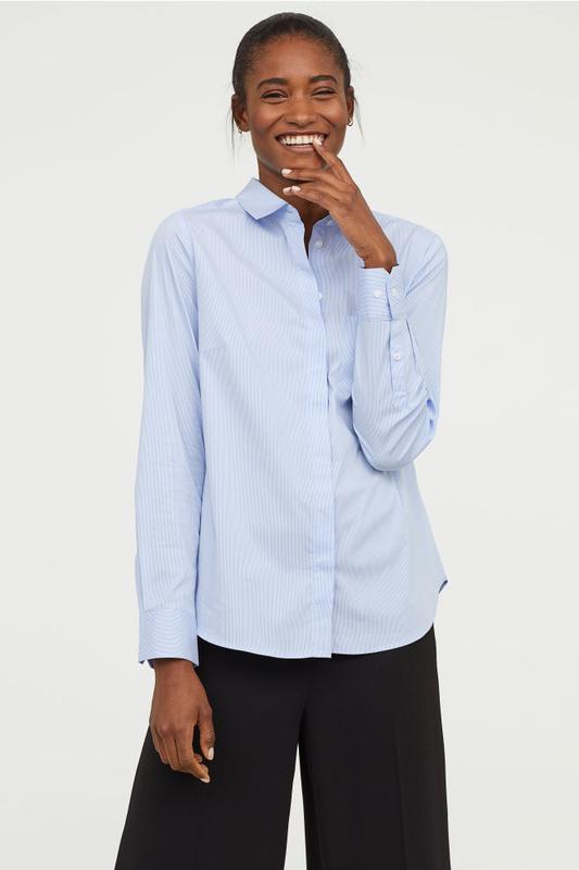 Приталенная хлопковая рубашка блузка голубая в мелкую полоску ...