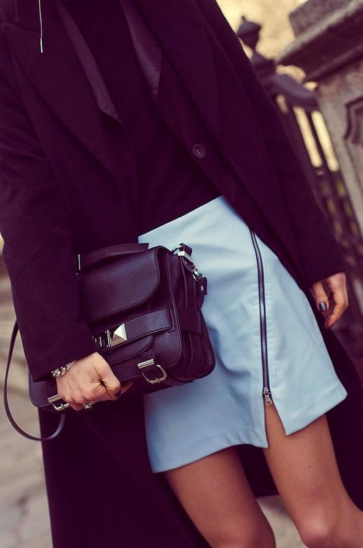 Голубая асимметричная юбка под кожу эко кожа pu с молнией от zara