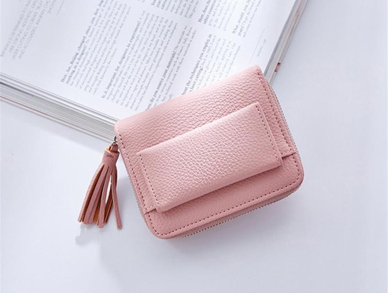 Многофункциональный кошелек с кисточкой розовый