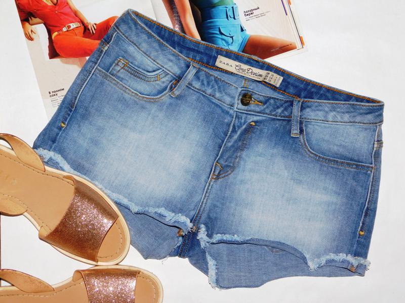 Короткие джинсовые деним шорты