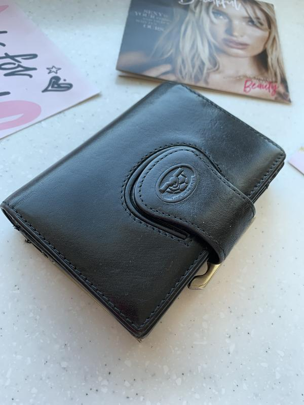 Брендовых кожаный кошелёк tony perotti