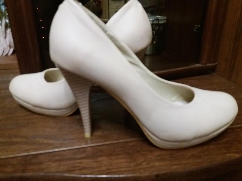 Нюдовые туфли-..бренд vice-39р modern vice