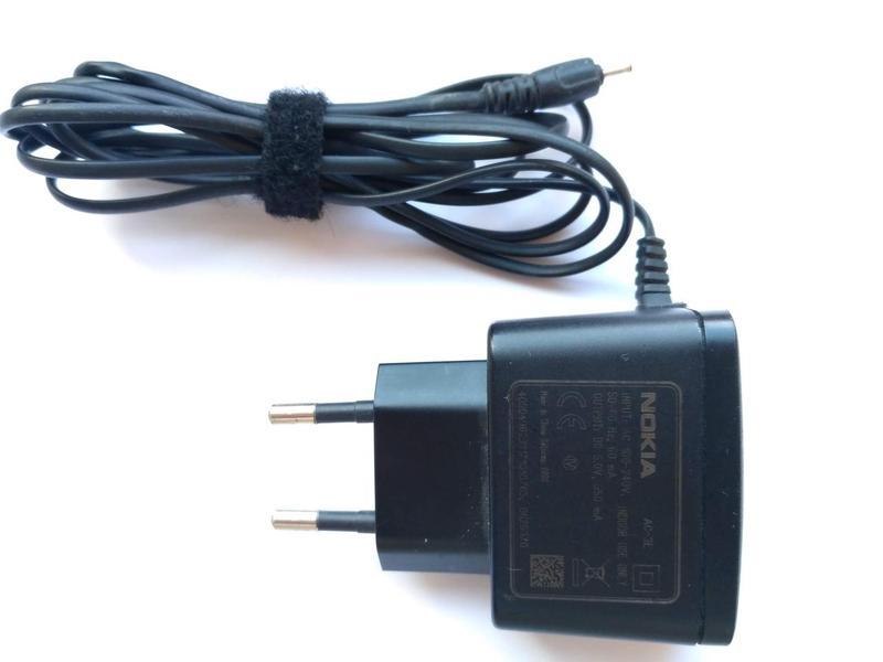 Зарядное устройство Nokia AC-3E (тонкий штекер) оригинал