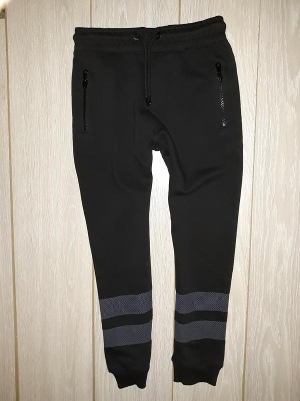 Тёплые спортивные штаны f&f на 9-10 лет