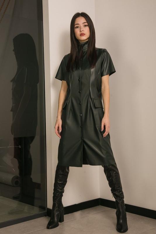 Стильное кожаное платье, платье из кожзам