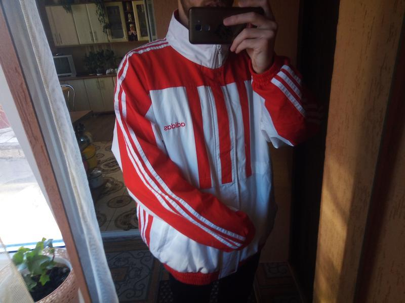 Олд скул куртка(олимпийка) от adidas.