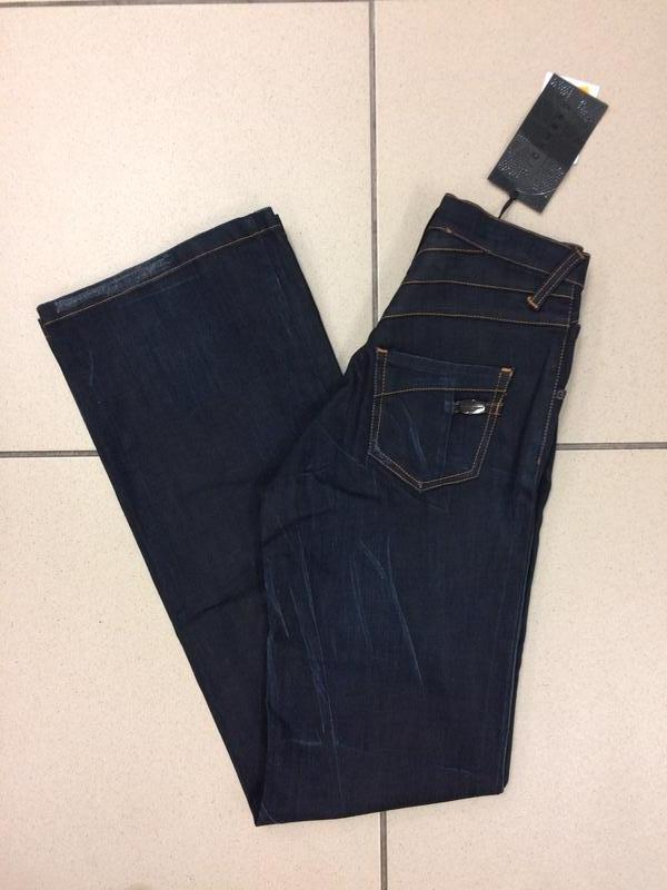 Джинсы клеш bootcut jeans итальянского дизайнера richmond deni...