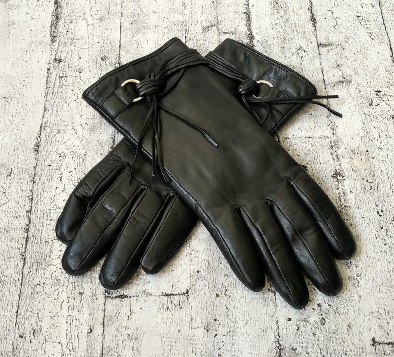 Новые кожаные перчатки на нат. меху antonio biaggi размер 6,5