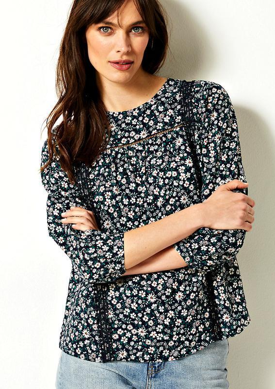 Свободная блуза в мелкий цветочек с кружевом в стиле бохо р.18