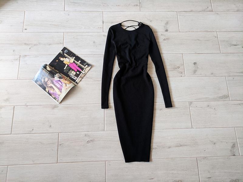 Элегантное платье миди футляр в обтяжку  с открытой кружевной ...