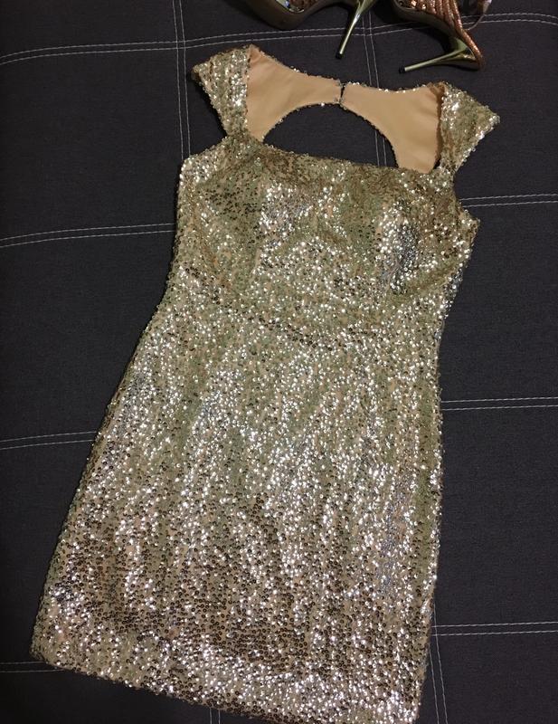 Твоё новогоднее платье! 🎄шикарное платье с золотистыми пайетками