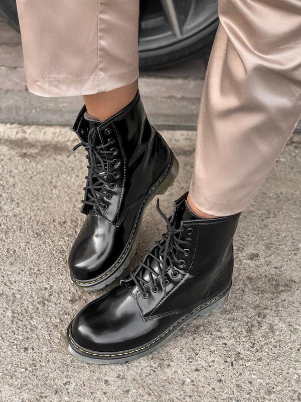 Кожаные меховые зимние ботинки dr.martens в черном цвете/осень...