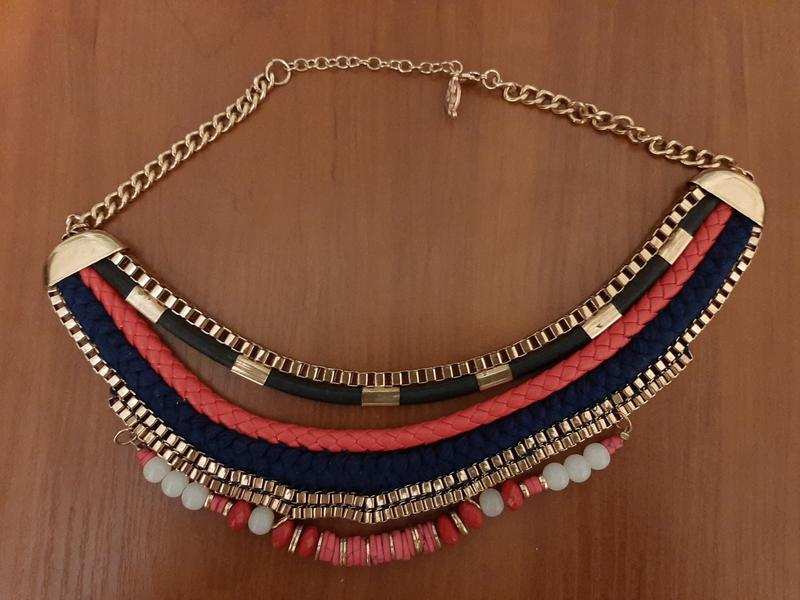 Ожерелье stradivarius