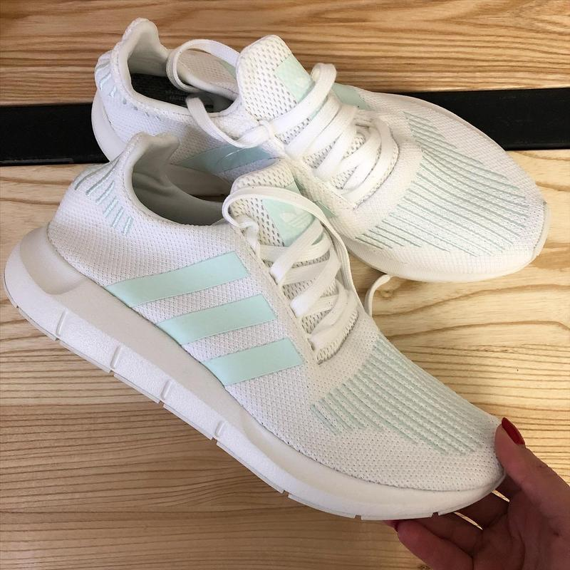 Adidas swift run  кроссовки оригинал