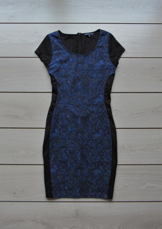 Новогодние скидки!триотажное прителнное платье с отделкой от s...