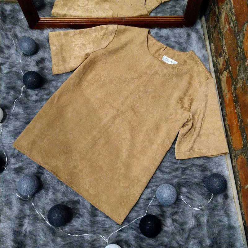 Блуза топ кофточка прямого кроя с набивным рисунком
