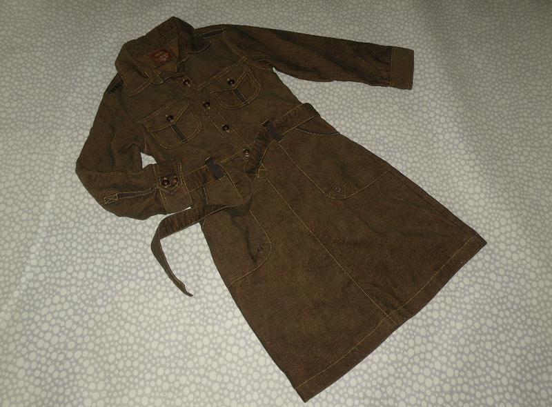 Стильное вельветовое платье 9-10 лет