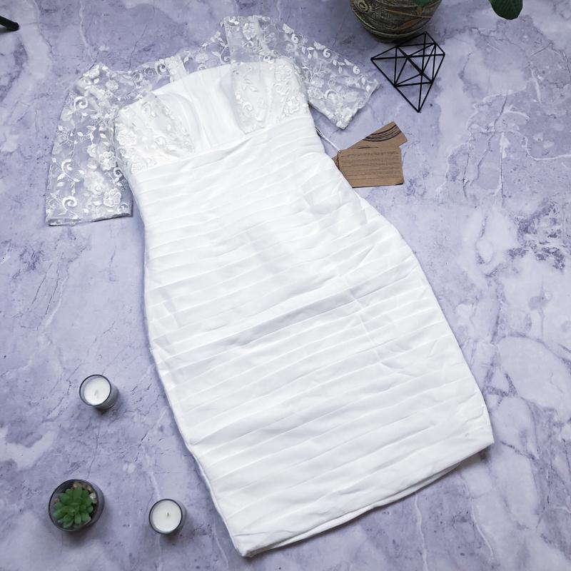 Новое с биркой красивенное белоснежное платье asos