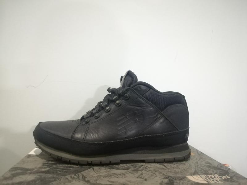 Продам зимові кросівки new balance