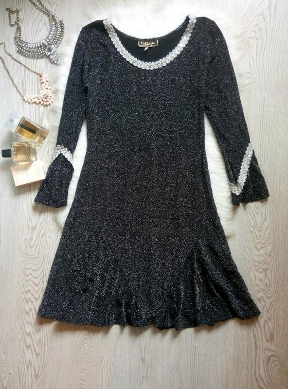 Черное вечернее блестящее короткое миди платье с серебристой а...