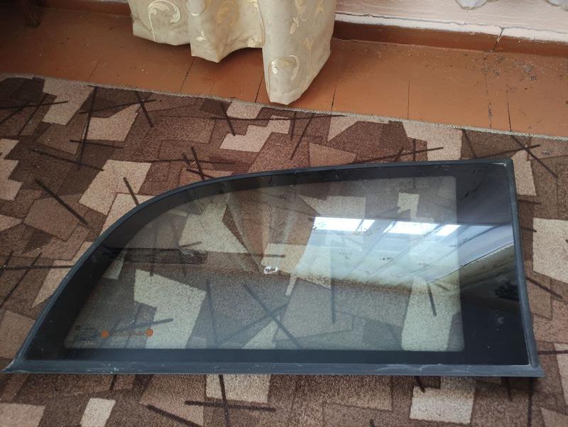 Скло Кузова / Бокове Заднє праве Opel Omega A Опель Омега А