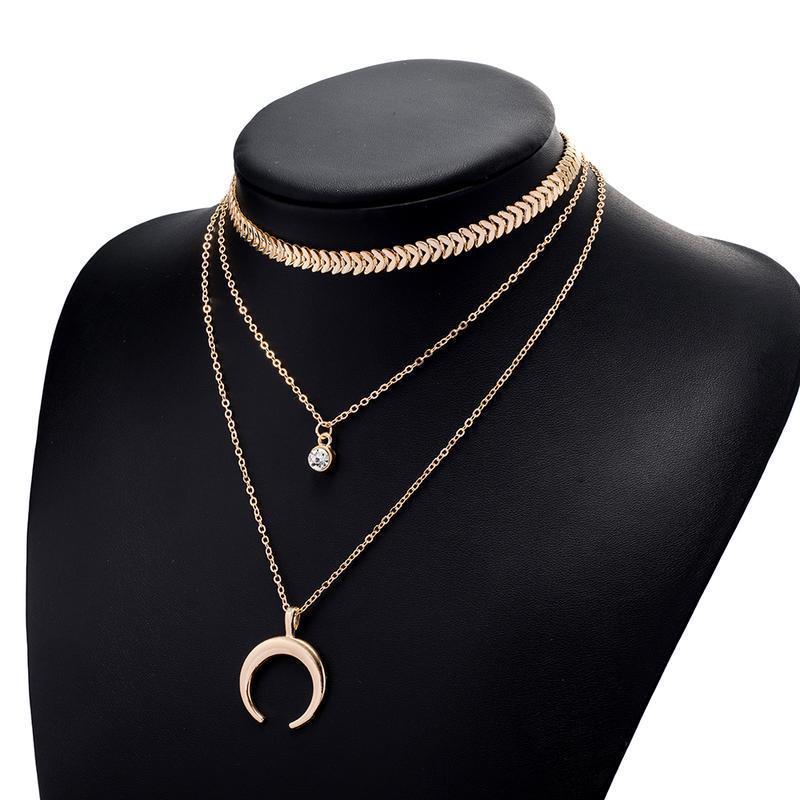 Тройная женская многослойная цепочка на шею с подвесками золот...