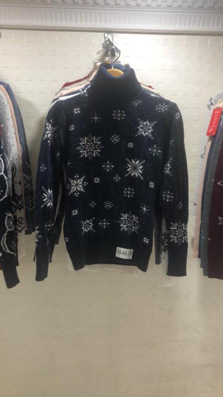 Новогодний свитер под горло (модель звездочка)