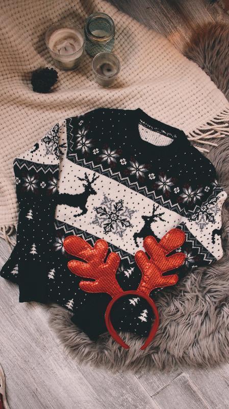 Новогодний свитер  (модель 2 оленя)