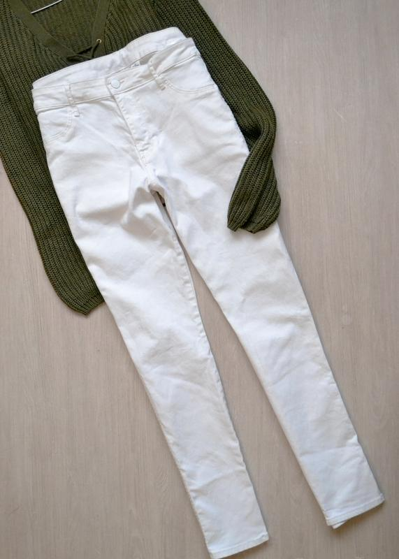 Белые молочные джинсы скинни skinny ankle h&m