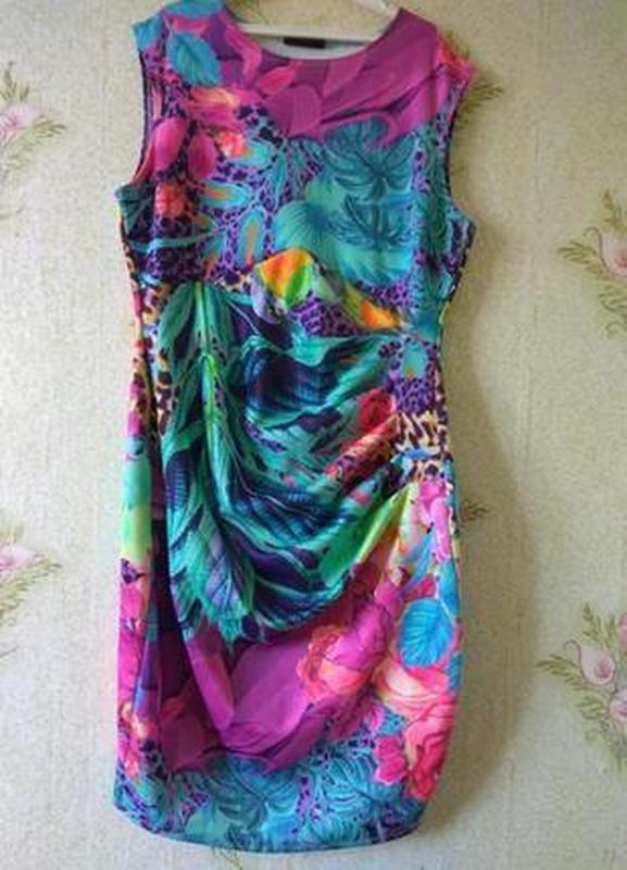 Яркие платье wallis