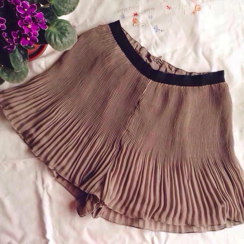 Супер-цена!!! стильные шорты-юбка h&m размер s