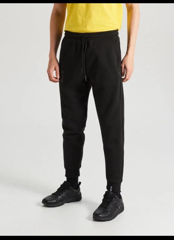 Продам новые мужские спортивные тёплые штаны
