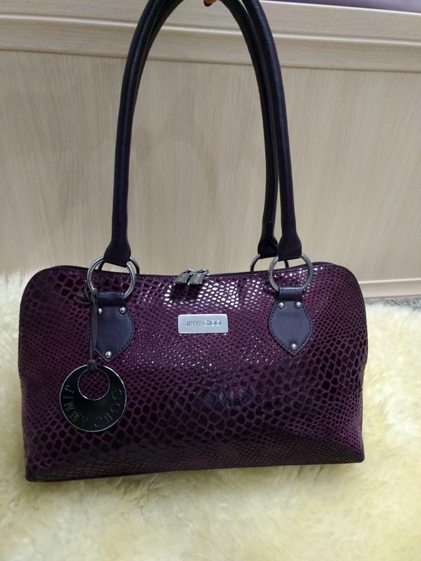 Элегантная фирменная кожаная сумка jimmy choo
