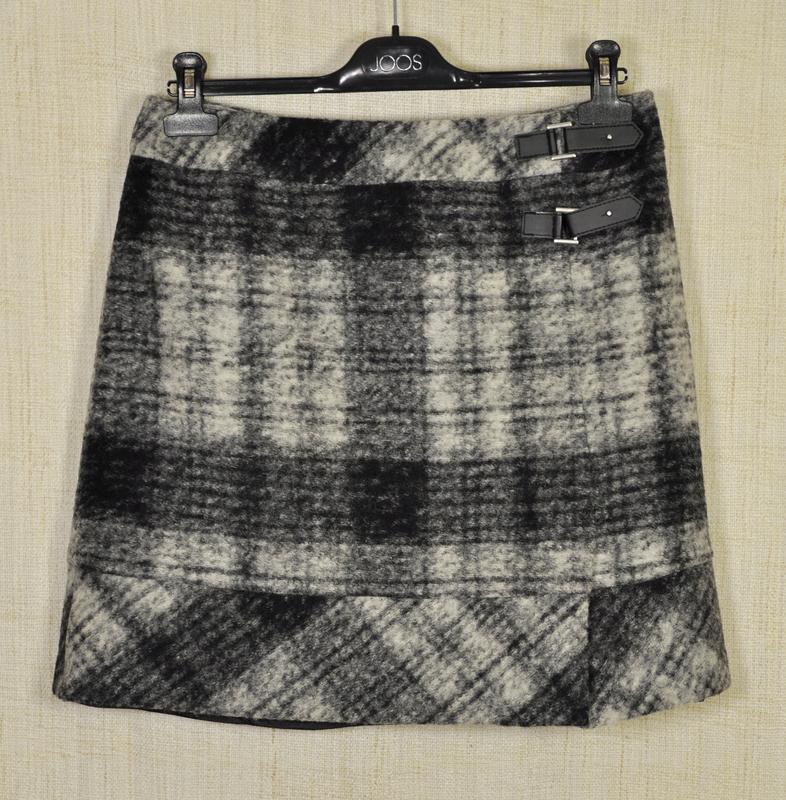 Классная теплая короткая юбка р-р 40