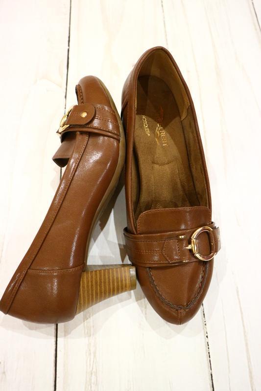 Туфли с пряжкой в стиле hermes, 39 размер, стелька 26 см