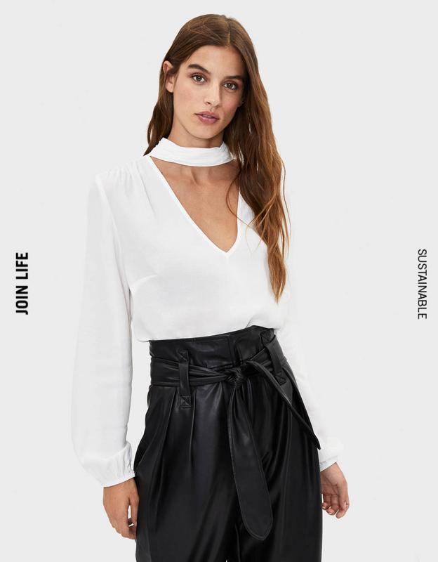 Нежная блузка с халтером, чокером, m-l