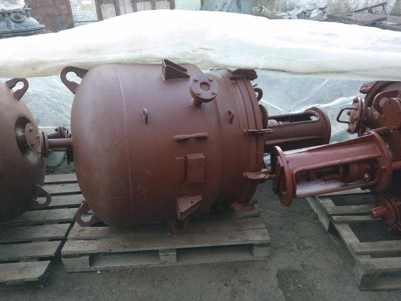 Реактор (аппарат) с якорной мешалкой и рубашкой обогрева 0,4м3.