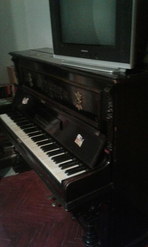 Фортепиано Uebel&Lechleiter
