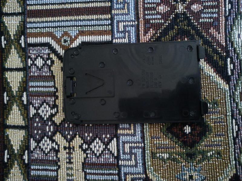 Нижняя боковая заглушка XBOX 360 Slim - Фото 4