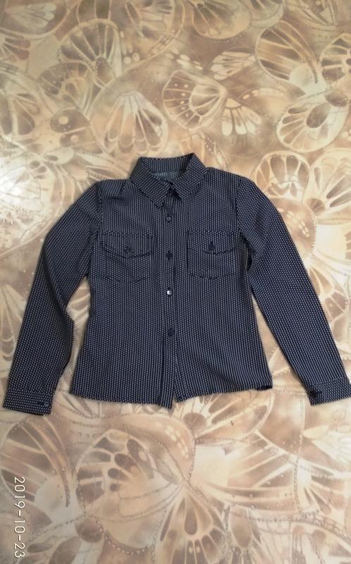 Стильная рубашка в горошек - Фото 3