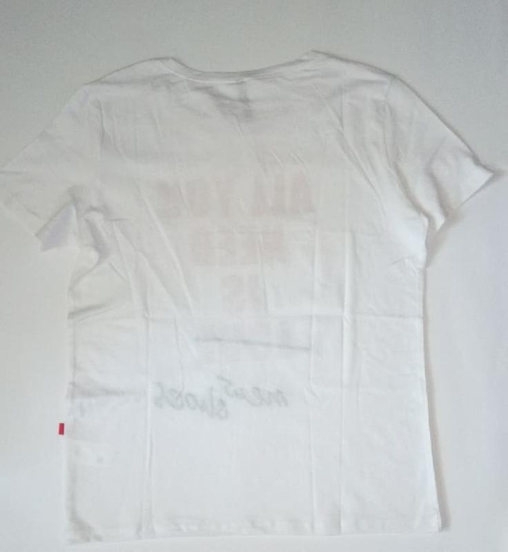 10-71 жіноча футболка sinsay з написом all you need is new sho... - Фото 5