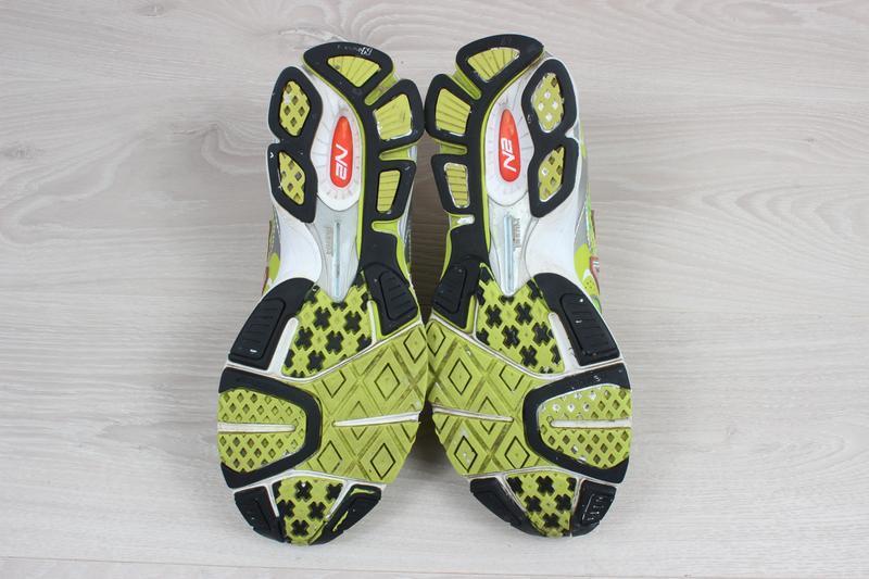 Яркие спортивные кроссовки new balance оригинал, размер 38 (бе... - Фото 4