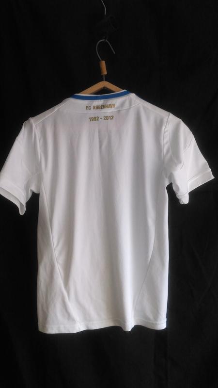 Очень хорошая белоснежная футболка (made in thailande ) - Фото 2