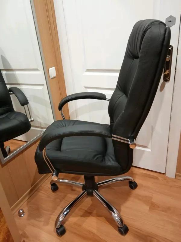 Кресло руководителя компьютерное Марсель Неаполь черное. - Фото 5