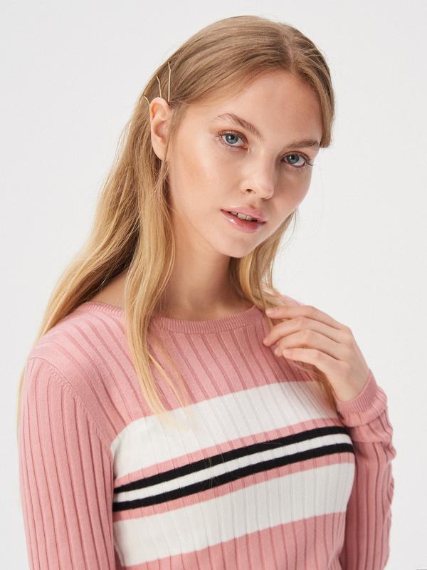 Новая облегающая розовая кофта пудра свитер джемпер польша бел... - Фото 3