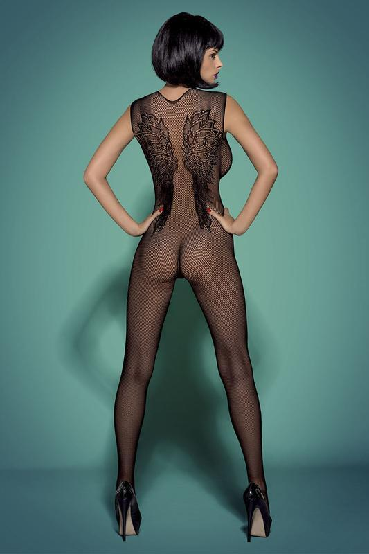Redhead In A Black Bodysuit Shows Her Gorgeous Body Thothub 1