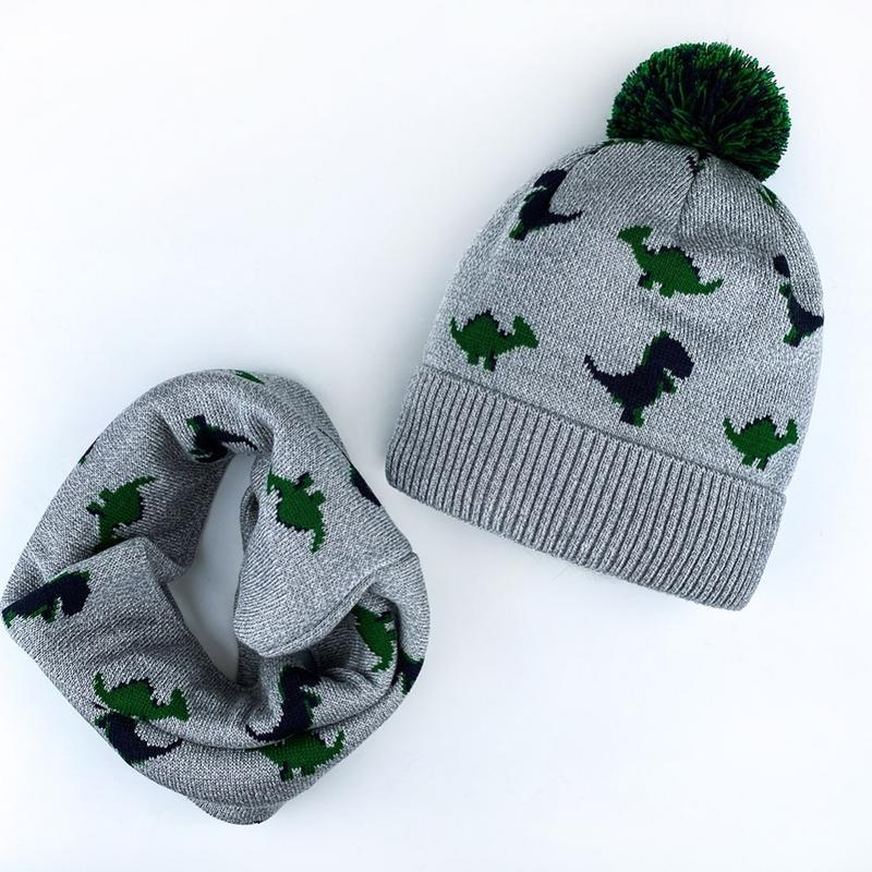 Набор шапка + хомут на флисе с помпоном зима с динозаврами