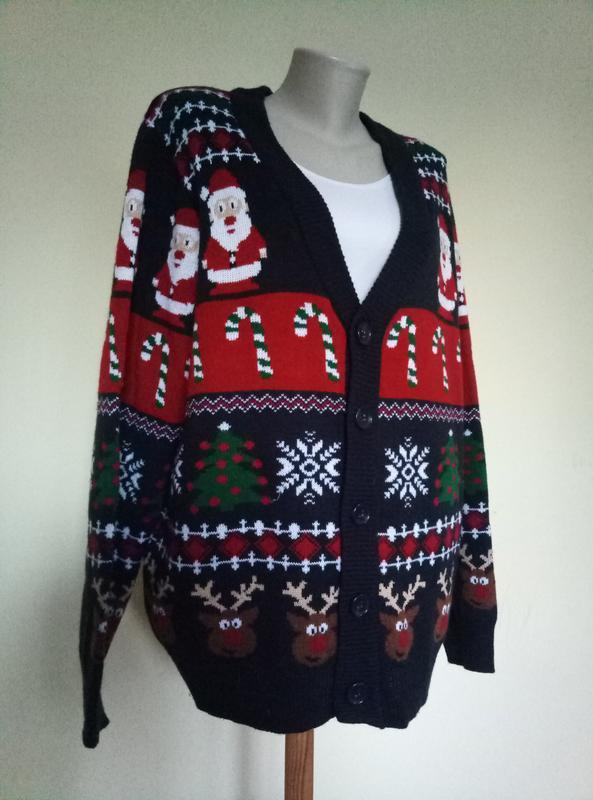 Новогодний мужской свитер с дедом морозом и оленями - Фото 2