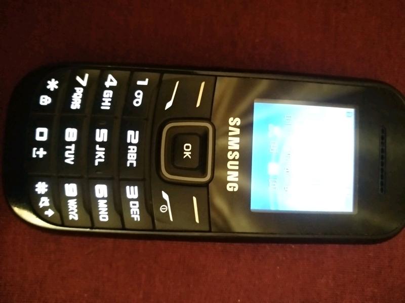 Samsung кнопочный - Фото 2