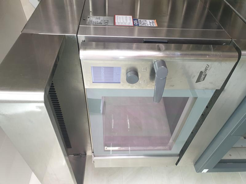 конвекционная печь +растоечный шкаф ,вытяжка